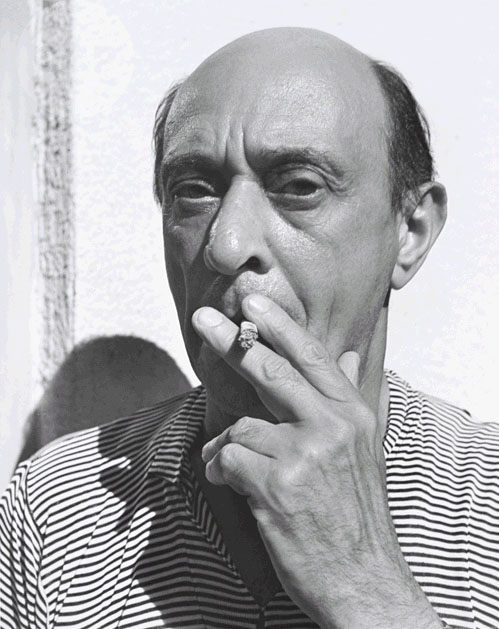 http://benopus111.files.wordpress.com/2011/12/arnold-schoenberg-1935-photograph-by-john-gutmann.jpg